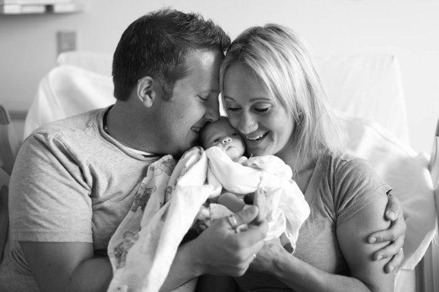 familia-olson-conoce-hija-adoptada-recien-nacida (8)