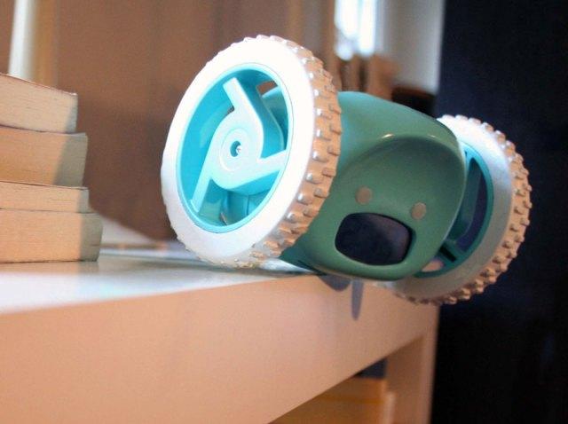 reloj-despertador-ruedas-motorizado-clocky-nanda-home (4)