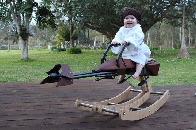 padre-construye-balancin-speeder-bike-guerra-galaxias-miniatura (3)