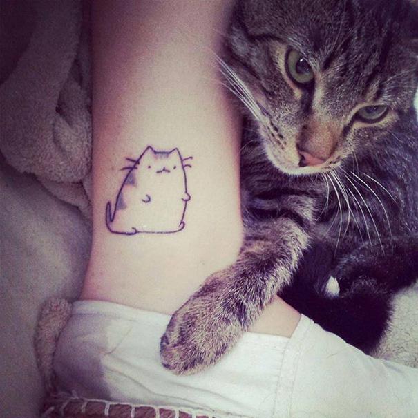 tatuajes-minimalistas-gatos (20)