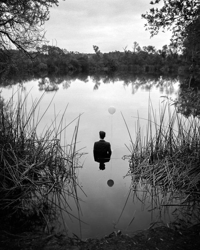 autorretratos-depresion-edward-honaker (9)