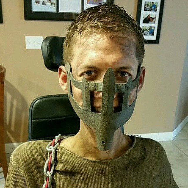 cosplay-mad-max-silla-ruedas-ben-carpenter (8)