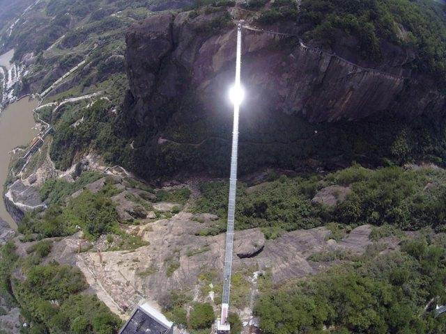 puente-suelo-cristal-hunan-china (4)