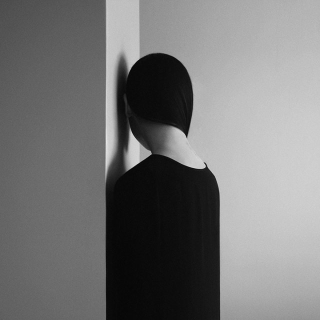 retratos-blanco-negro-ansiedad-noell-oszvald (8)