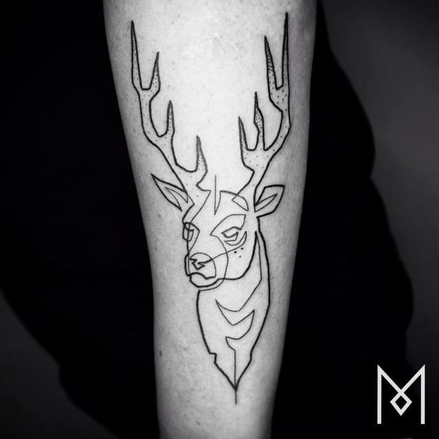 tatuajes-linea-continua-mo-ganji (2)
