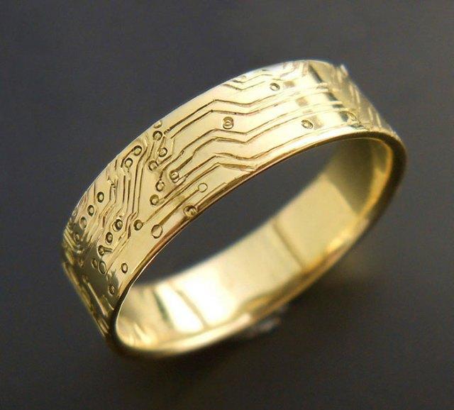 anillos-de-compromiso-con-cajitas-friki (14)