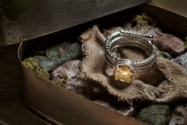 anillos-de-compromiso-con-cajitas-friki (3)
