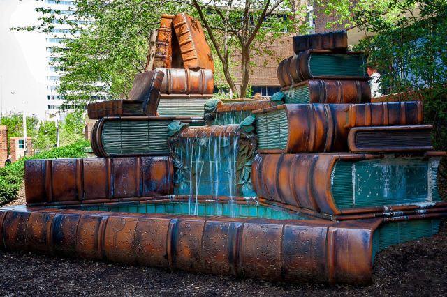 fuente-libros-biblioteca-publica-cincinnati