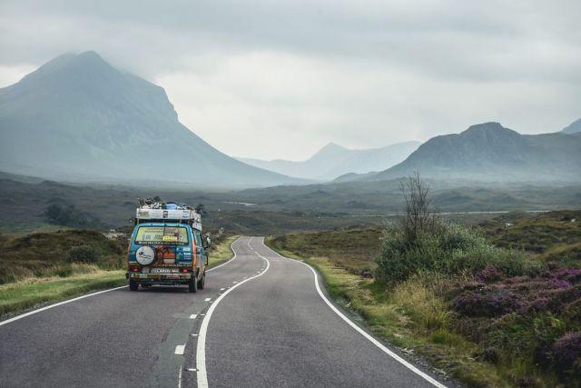 viajes-baratos-mundo-blogueros-polacos-furgoneta (15)