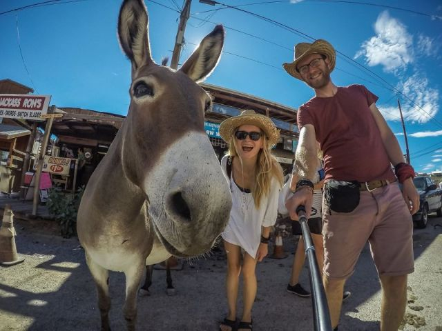 viajes-baratos-mundo-blogueros-polacos-furgoneta (19)