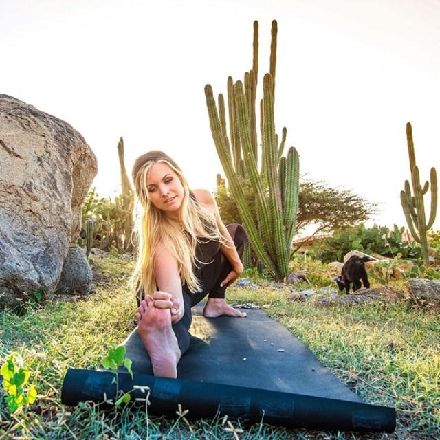 cabra-penny-yoga-rachel-brathen (1)