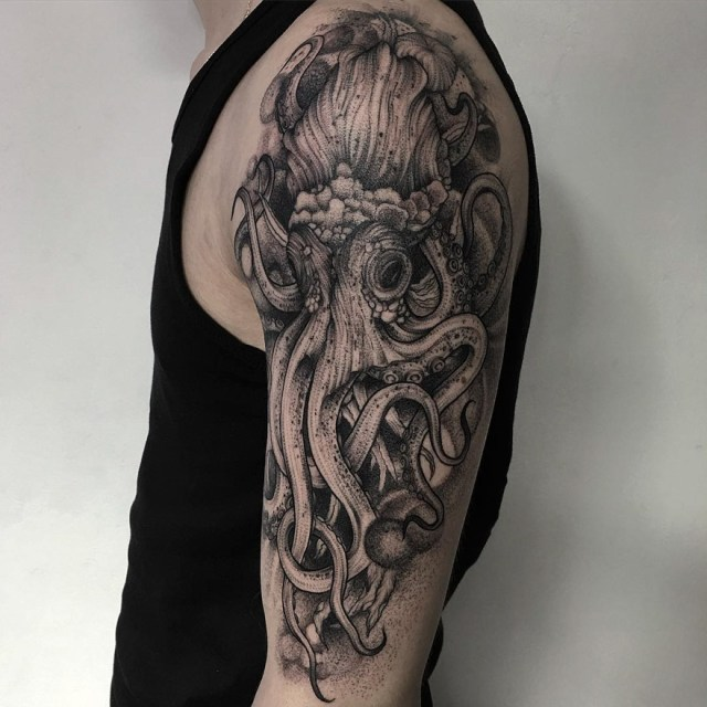 tatuajes-oscuros-tinta-negra-parvick-faramarz (14)
