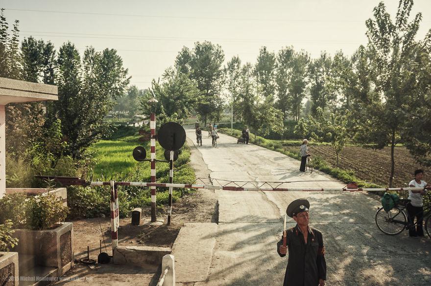 fotos-ilegales-corea-norte-michal-huniewicz (11)