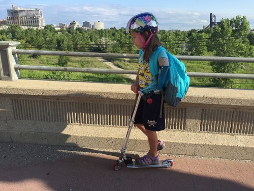 prosthetic-arm-scooter-city