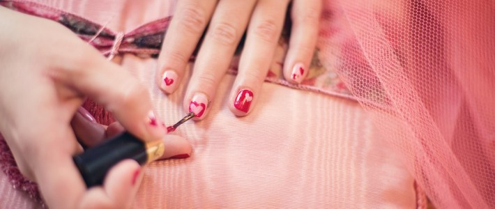 Five Questions You Should Ask at a Nail Salon