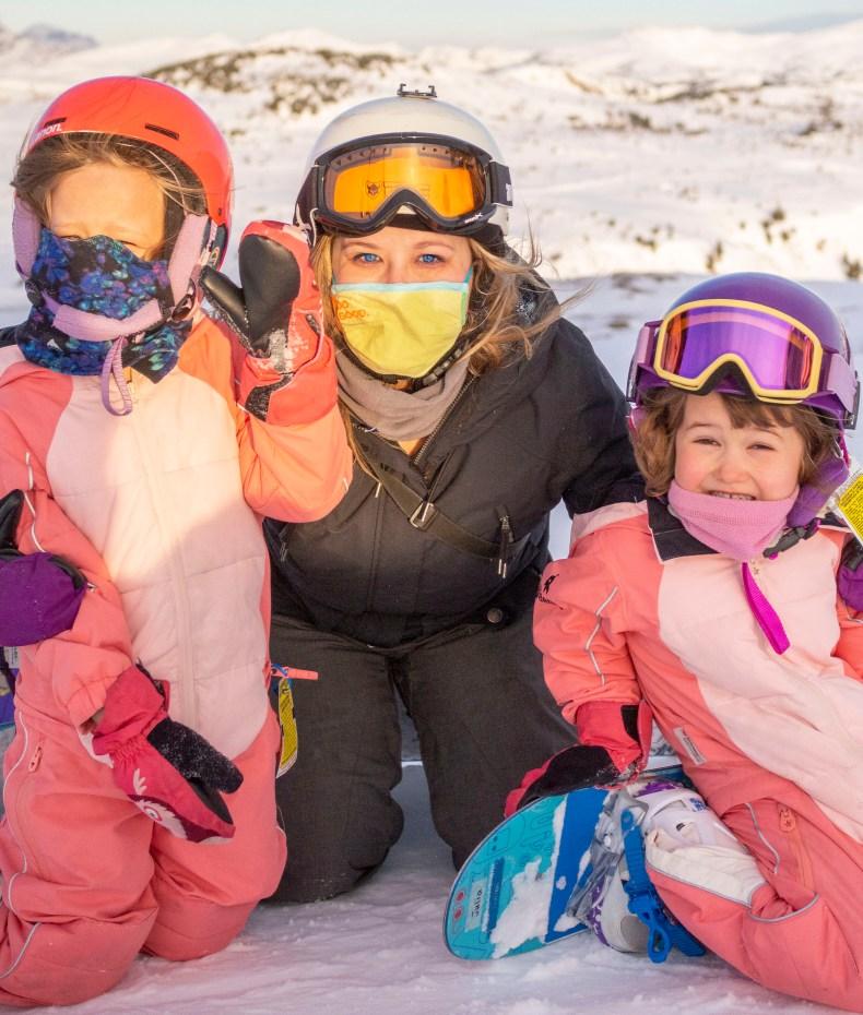 teach kids to snowboard