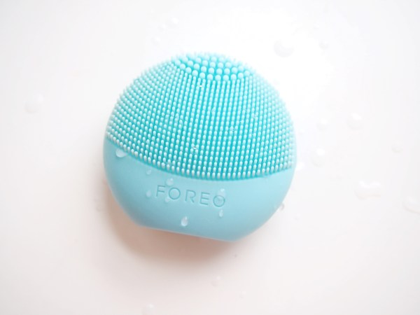 Foreo Luna Play Review | Born To Be Bright
