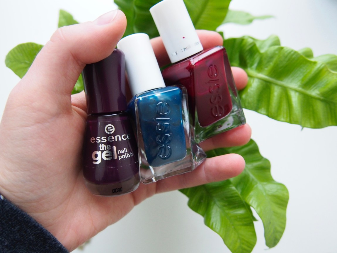 3 Not-So-Traditional Holiday Nail Polishes - Born To Be Bright