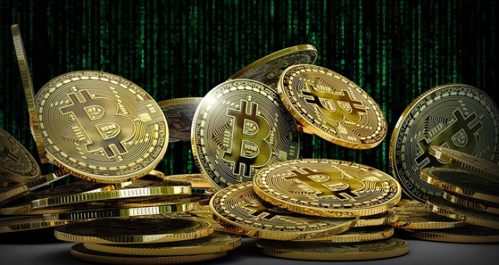 Bitcoin price: new ATH in the short term is madness, similarities with the 2013 cycle