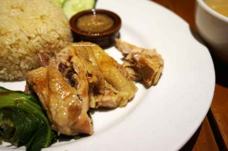 Hainan Chicken Rice Happy Day Juanda