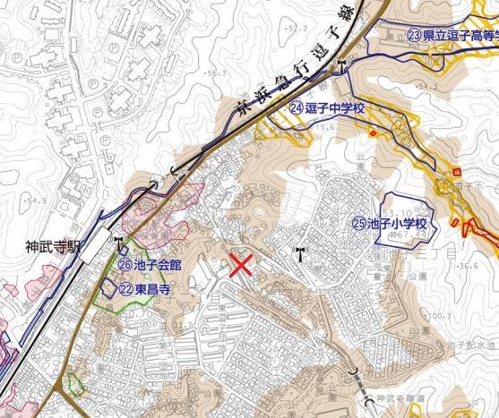 P3 3 (x印入り)土砂崩落が発生した逗子市内周辺地図(逗子市「土砂災害等ハザードマップ」より) - 逗子市土砂災害「日常性に潜む災害リスク」
