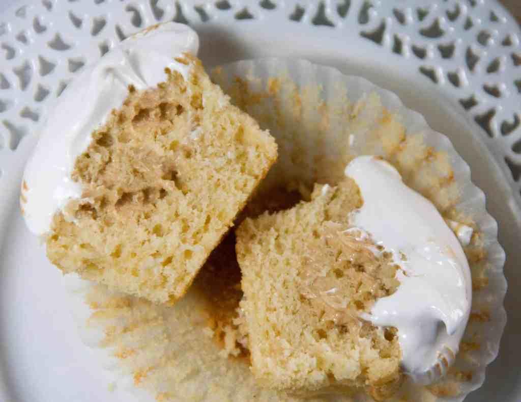 marshmallow fluff cupcakes
