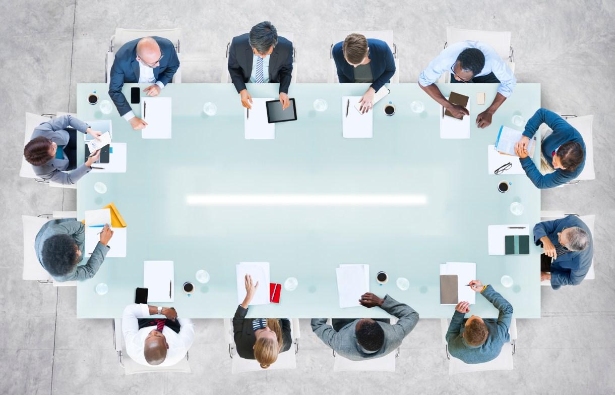 نتيجة بحث الصور عن Where do you sit during business meetings?