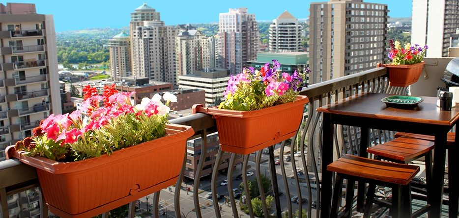 balcony railing planters for your home