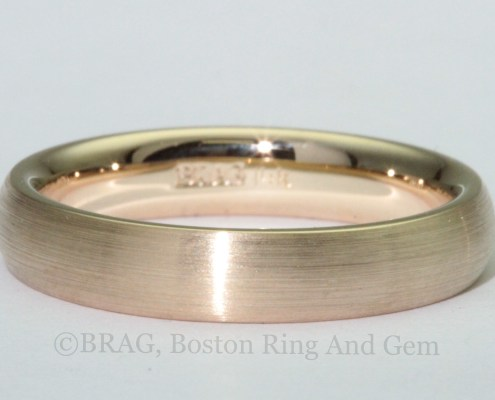 yellow gold men's wedding ring