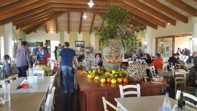 Βοτανικό Πάρκο και Κήποι Κρήτης- Είσοδος στο εστιατόριο μας.