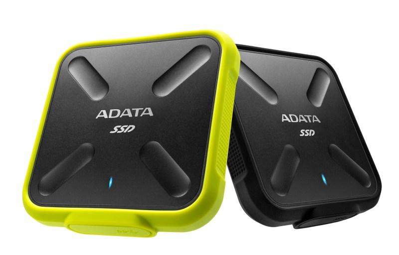 ADATA-SD700-ExternalSSD-01