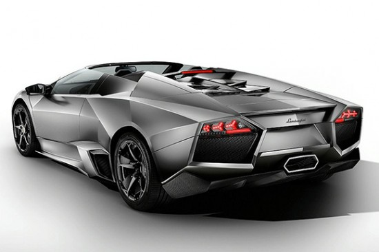 reventon-roadster-2