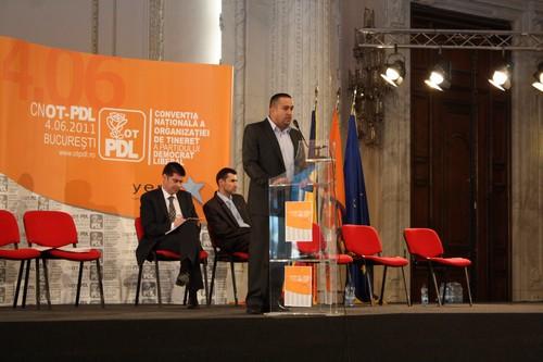 Presedintele organizatiei de tineret a PDL, Gabriel Alecsandru