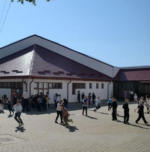 scoala elevi