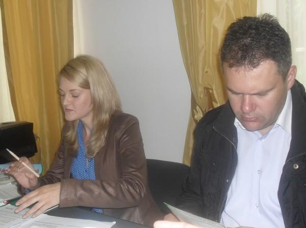 viceprimarul Florin Ghiorghita si Simona Ghica-reprezentant RoRec