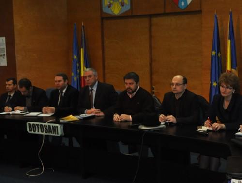 videoconferinta Costica Macaleti- prefect Botosani