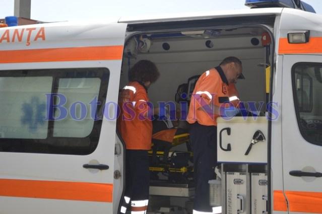 ambulanta la accident botosaniv