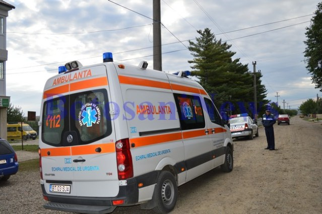 ambulanta politie accident unteni- botosani