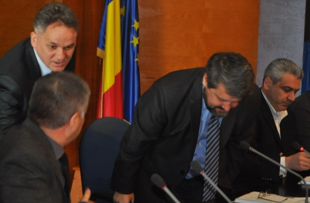 prefectul Dan Nechifor la sedinta CJ Botosani (11)