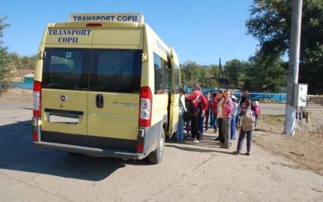 microbuz scolar- transport copii