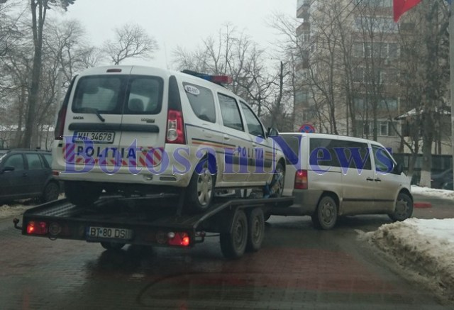 masina de politie pe platforma- botosani
