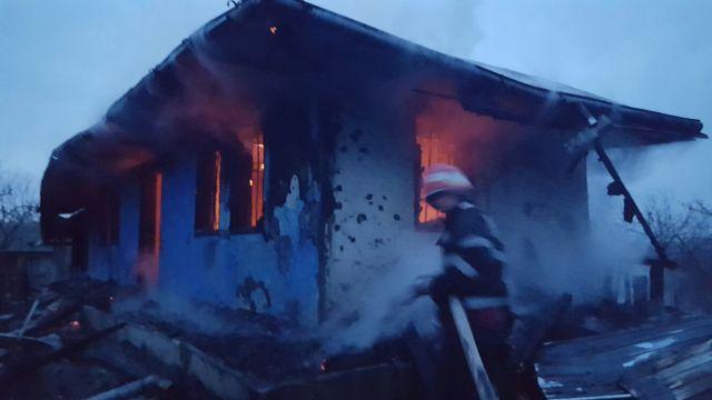 incendiu casa- pompieri- botosani