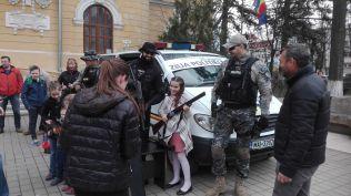 ziua politiei- expozitie pe Pietonalul Unirii+ Botosani
