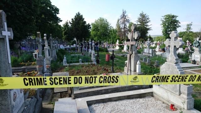 deshumare, cimitirul pacea, botosani, stiri, politie, mugur iulian calinescu