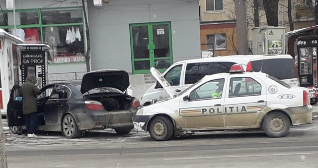 masina de politie, stiri, botosani