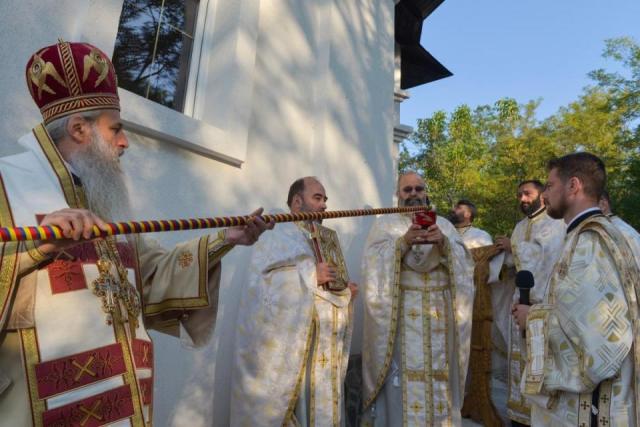 IPS Teofan, sfintire biserica, concesti, stiri , botosani