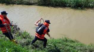 femeie din botosani pompieri cautari femeie luata ape