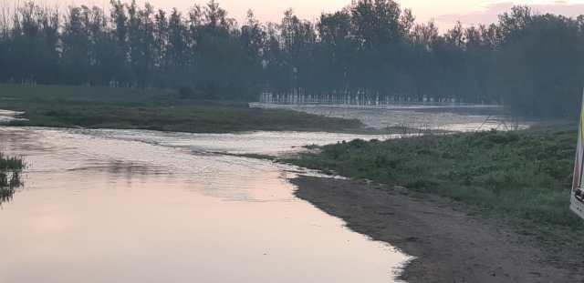 inundatii pe Prut la Baranca- Hudesti din judetul Botosani