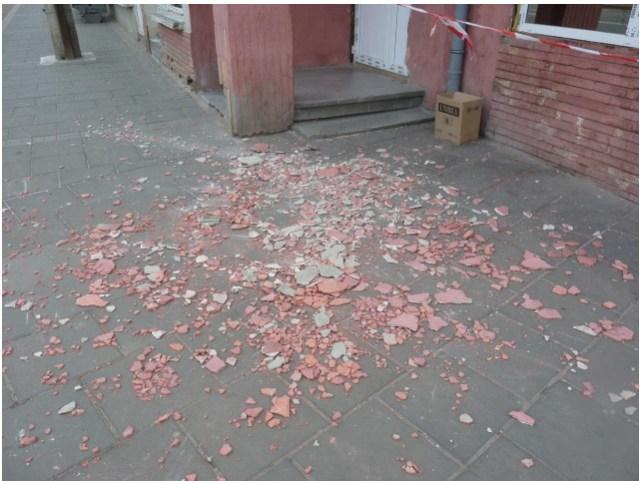 tencuiala cazuta de pe bloc din Botosani