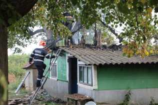 incendiu casa la Zaicesti- Botosani (1)